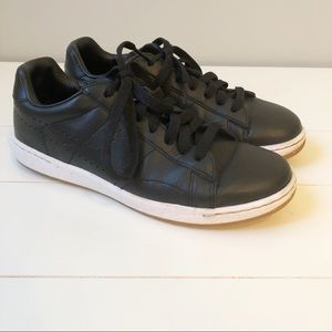 Nike Tennis Classic Ultra Leather Sneakers - 6.5